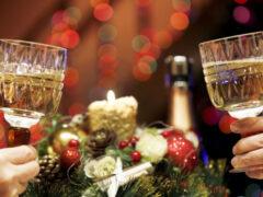 «Загаданные желания имеют силу пророчеств». Почему в новогоднюю ночь все ждут чуда?