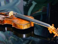 Магия Страдивари: как кино стало причиной похищения легендарной скрипки?
