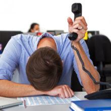 Эксперты рассказали, как не впасть в депрессию после праздников и адаптироваться к работе