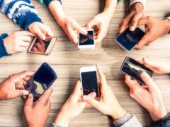Выжить в «инфомясорубке»: как соцсети «крадут» нашу жизнь и как это остановить?