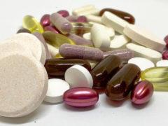 Какие витамины повышают шансы на зачатие? Врач рассказала о подготовке к беременности после 30